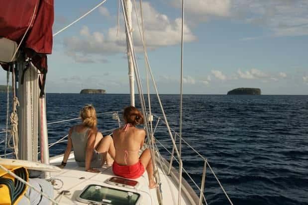 Expedición KT3D, en las islas Tonga por tierra, mar y aire