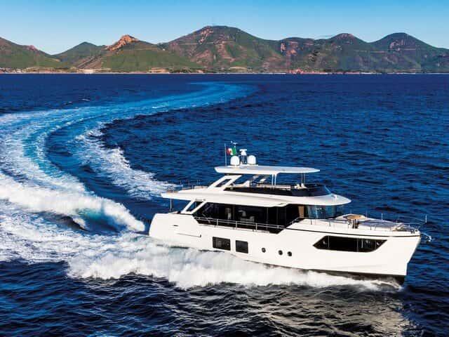 Absolute Navetta 73, el trawler rápido