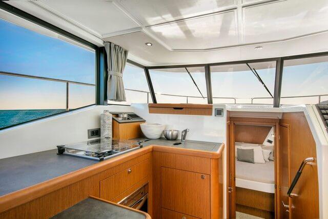 Bénéteau Swift Trawler 35 cocina