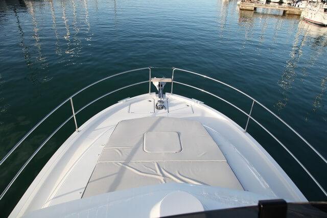 Bénéteau Swift Trawler 35 proa solarium