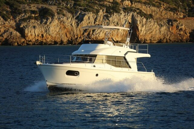 Swift Trawler 35  navegando