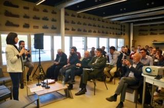 Cincuenta empresas han participado en la I Jornada de Refit