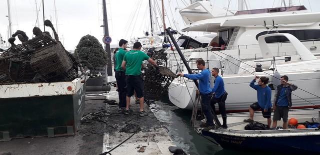 Marina Port de Mallorca y Marina Palma Cuarentena  declaran la guerra a los desechos  que se esconden bajo el mar