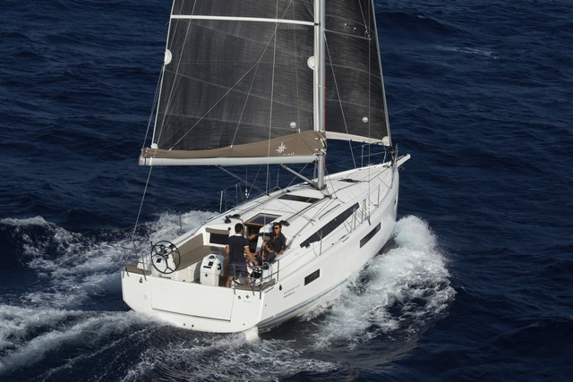 Sun_Odyssey_410 European Yacht of the Year 2020