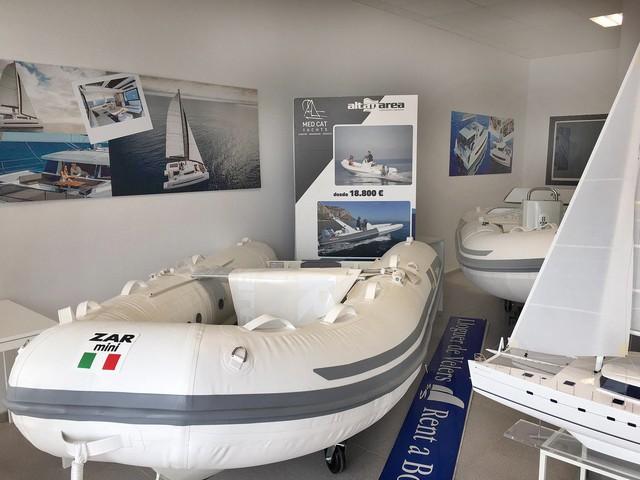 Med Cat Yachts Escala-