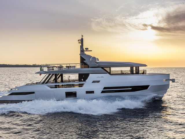 Arcadia Yachts Sherpa XL, innovar para el futuro