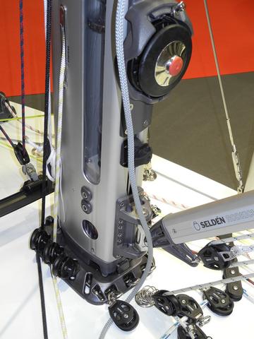 Selden: conversión enrollador de palo manual en eléctrico