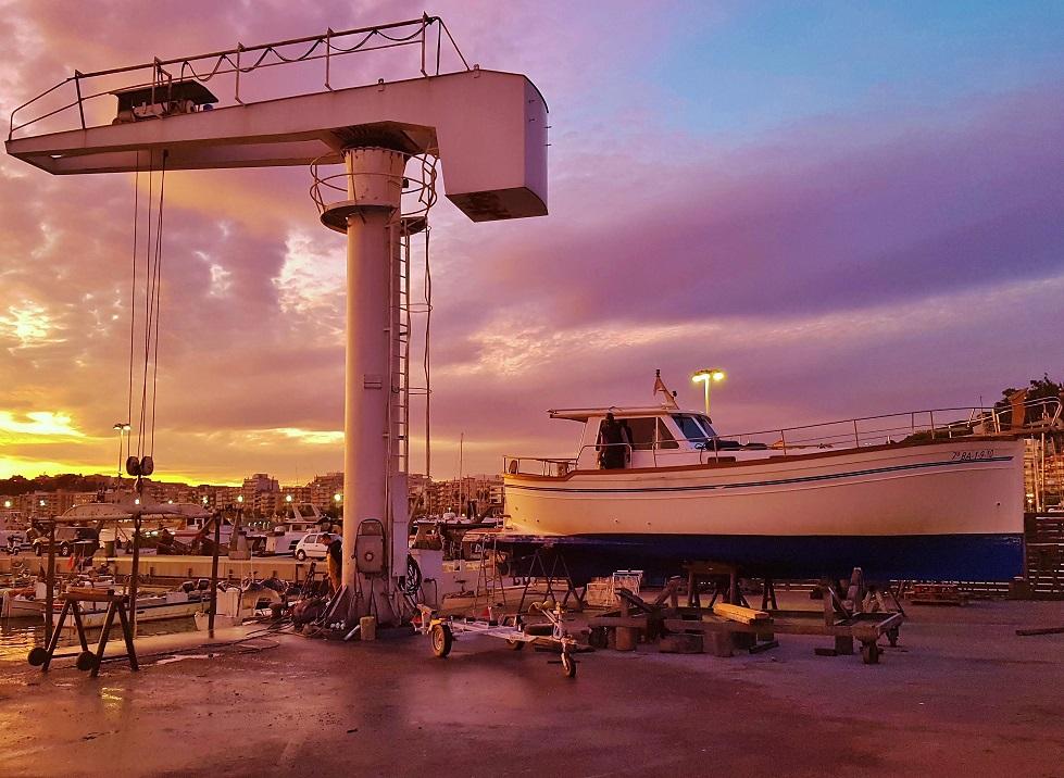 Varador 2000 asume la gestión del área  técnica del puerto Blanes