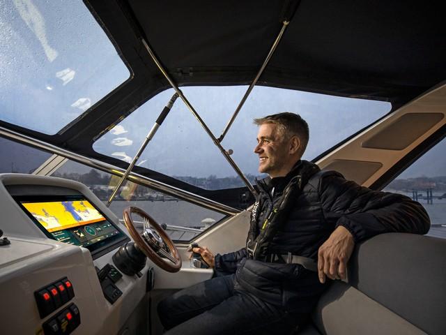 Volvo Penta, primer sistema de atraque asistido totalmente integrado
