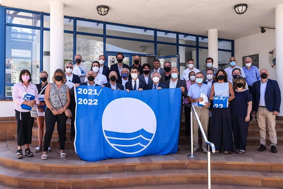 20 puertos deportivos de la ACPET reciben la bandera azul en l'Ampolla