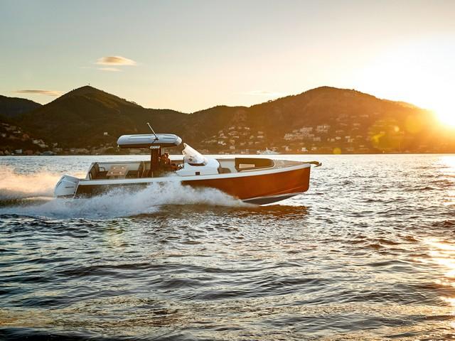 Simrad Yachting celebra su 75oaniversario