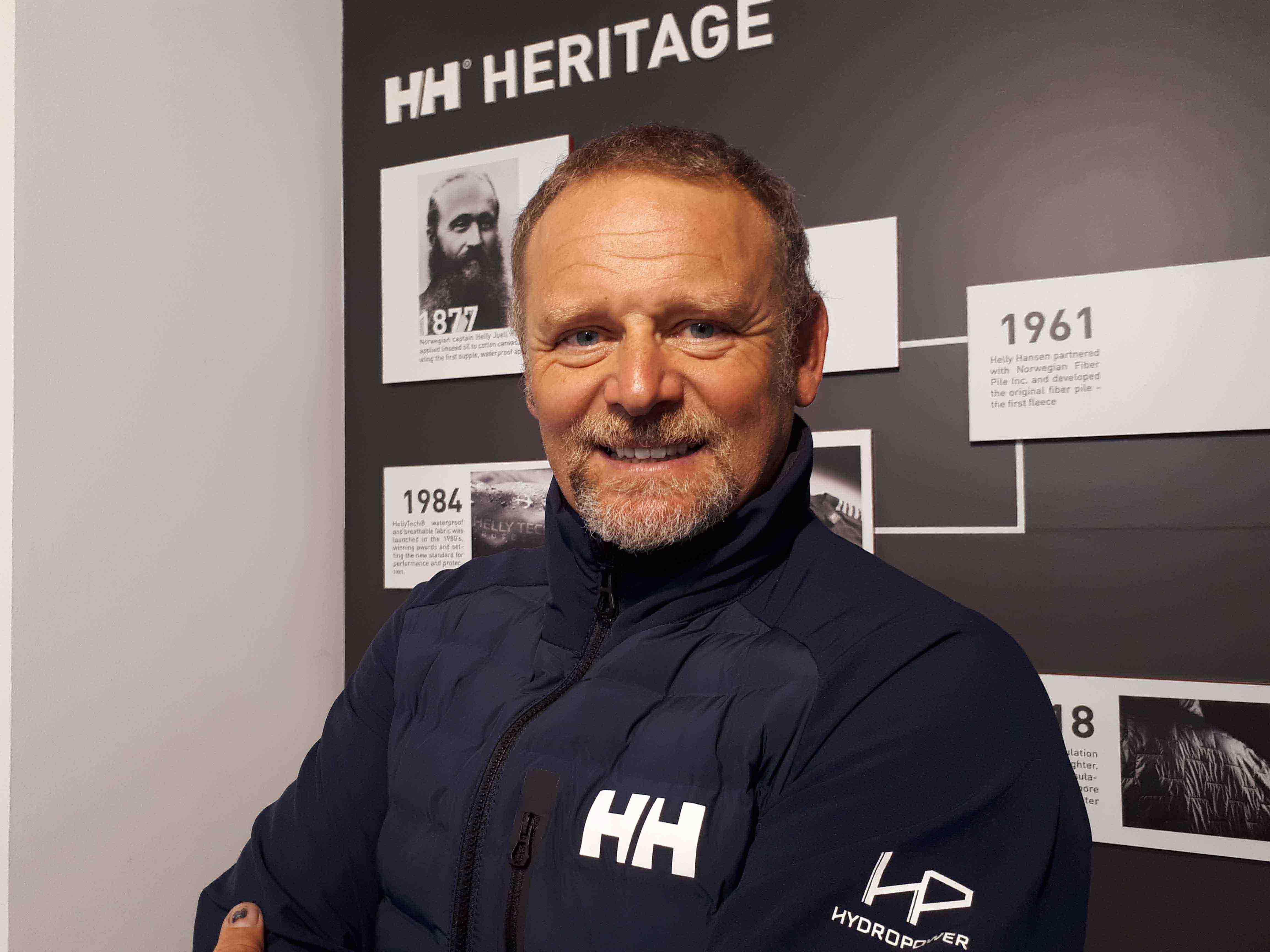 Helly Hansen equipará a Antonio de la Rosa en su nueva aventura por el Océano Antártico